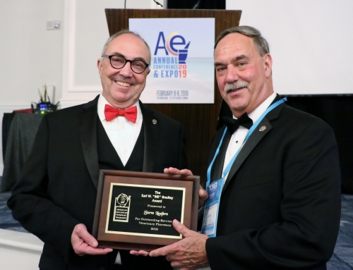 "Steve Leafers, RPh, FACA, FACVP Honored with 2019 Earl W. ""Bill"" Bradley Award"